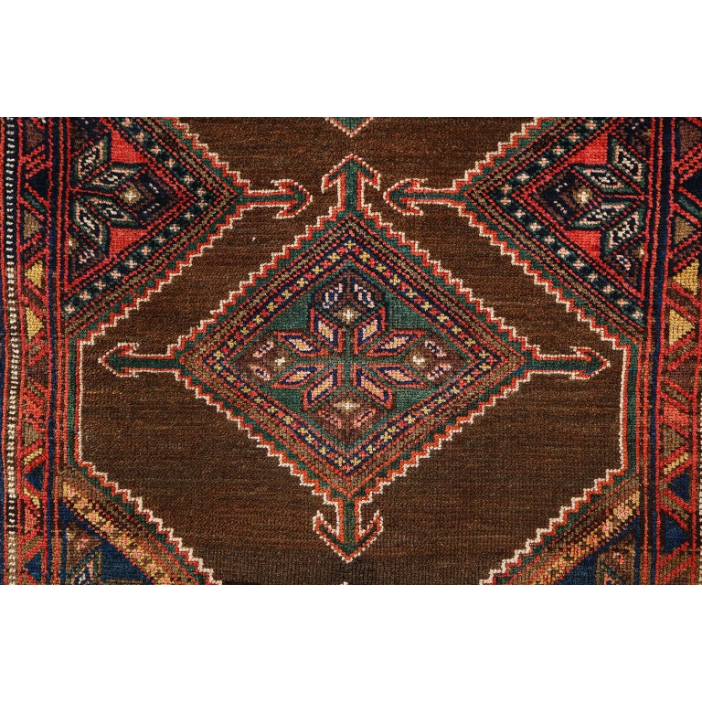 Antique Persian Seraband Carpet in Pure Wool and Vegetable Dyes, circa 1900 In Good Condition For Sale In New York, NY