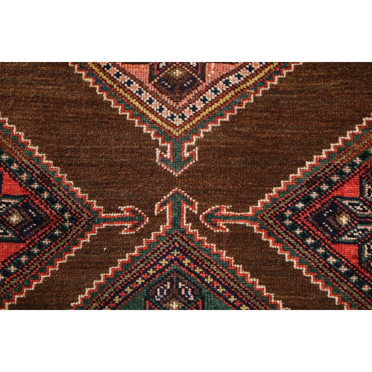 Antique Persian Seraband Carpet in Pure Wool and Vegetable Dyes, circa 1900 For Sale 2