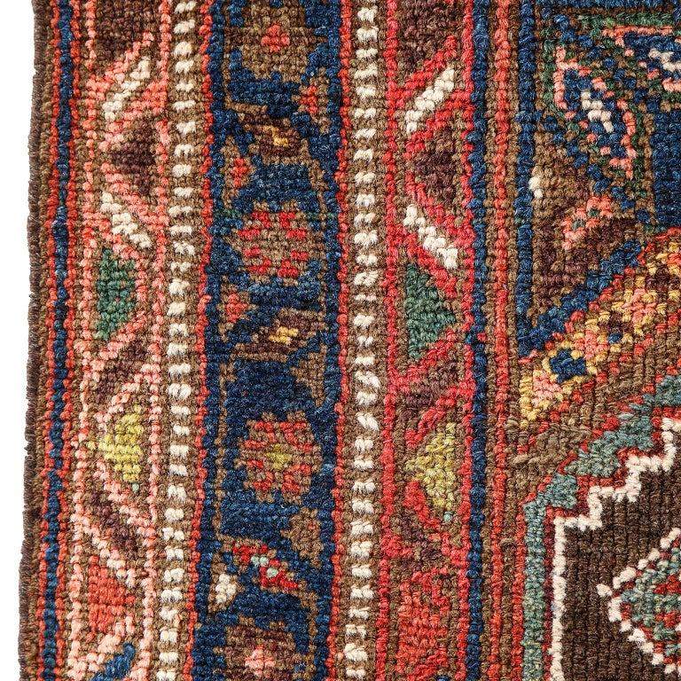 Antique Persian Seraband Carpet in Pure Wool and Vegetable Dyes, circa 1900 For Sale 3