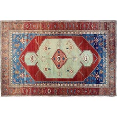 Antique Persian Serapi Bakshaish Oriental Carpet, in Large Size with Soft Colors