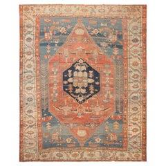 Antique Persian Serapi Bakshaish Rug. 11 ft 10 in x 14 ft 10 in