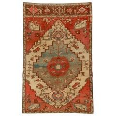 Antique Persian Serapi Carpet, circa 1900s, Thin Border
