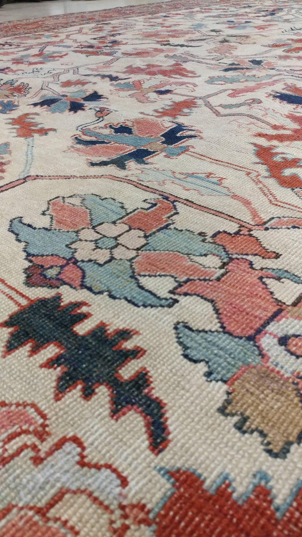 Antique Persian Serapi Carpet, Handmade Wool Oriental Rug, Ivory and Light Blue For Sale 2