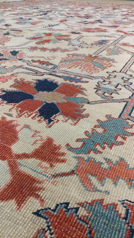 Antique Persian Serapi Carpet, Handmade Wool Oriental Rug, Ivory and Light Blue For Sale 3