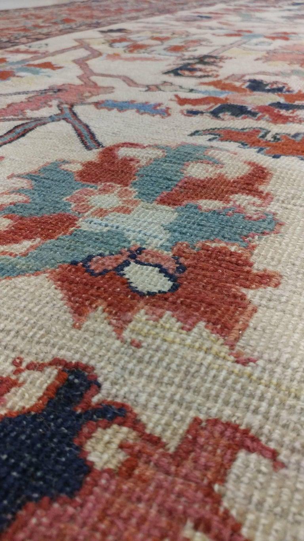 Antique Persian Serapi Carpet, Handmade Wool Oriental Rug, Ivory and Light Blue For Sale 4