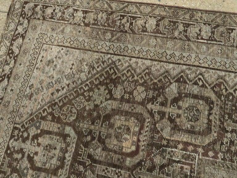 Antique Persian Shiraz Rug For Sale 1