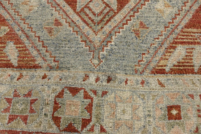Turkish Antique Persian Shiraz Rug with Subtle Bungalow Style For Sale