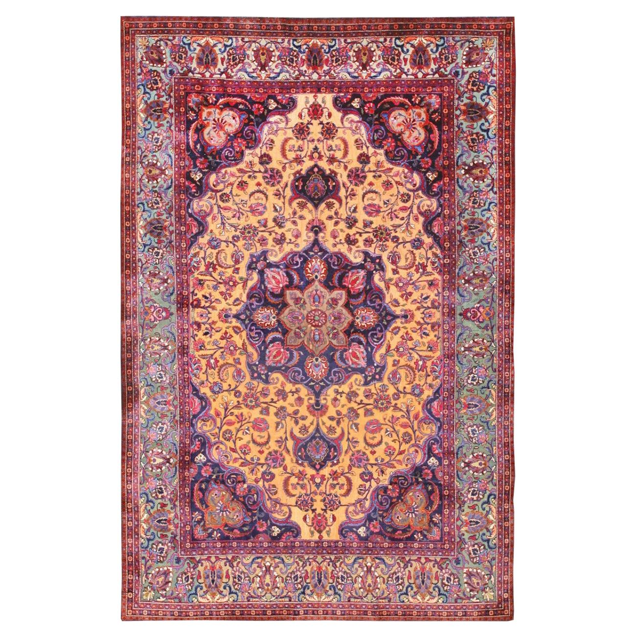 Antique Persian Silk Kashan Rug. Size: 4 ft 6 in x 6 ft 8 in (1.37 m x 2.03 m)