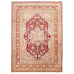 Antique Persian Silk Tabriz Rug. 4 ft 2 in x 5 ft 7 in