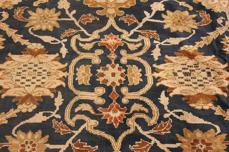 Antique Persian Sultanabad Carpet by Ziegler. Size: 13 ft x 17 ft 7 in In Excellent Condition For Sale In New York, NY