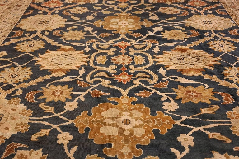 20th Century Antique Persian Sultanabad Carpet by Ziegler. Size: 13 ft x 17 ft 7 in For Sale