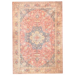 Antique Persian Tabriz Carpet. Size: 14 ft 10 in x 21 ft 5 in (4.52 m x 6.53 m)