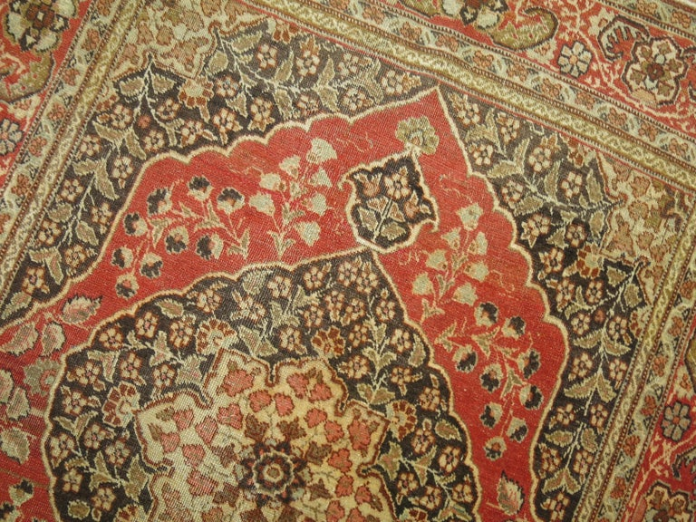Antique Persian Tabriz Rug In Excellent Condition For Sale In New York, NY