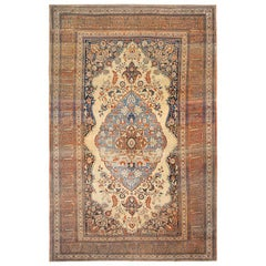 Antique Persian Tabriz Rug. Size: 10 ft x 15 ft 3 in (3.05 m x 4.65 m)