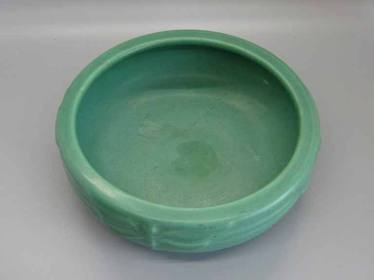 Antique Peters & Reed Zanesville Arts & Crafts Green Dragonfly Art Pottery Bowl For Sale 4