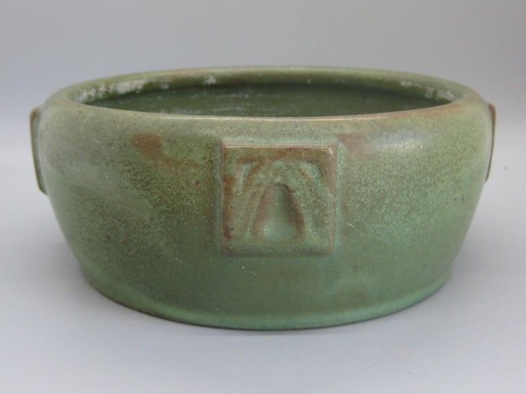 Antique Peters & Reed Zanesville Arts & Crafts Matte Green Art Pottery Bowl Vase For Sale 2