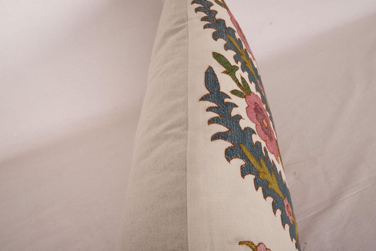 Antique Pillow Case Fashioned from an Eastern European Embroidery In Good Condition In Istanbul, TR