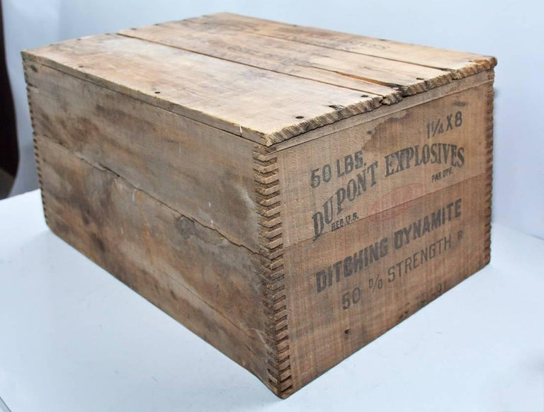 Antique Pine Box Made By Du Pont For Explosives For Sale