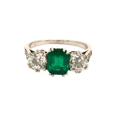 Antique Platinum Emerald Diamond Ring