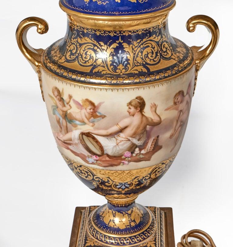 Antique Porcelain Royal Vienna Table Lamp Artist Signed For Sale 1