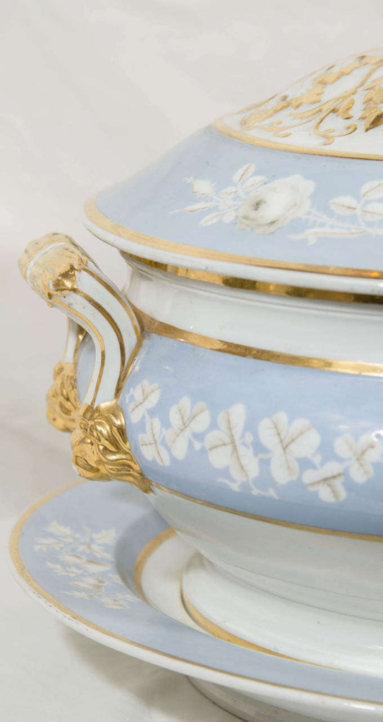 19th Century Antique Worcester Porcelain Soup Tureen Painted Baby Blue Circa 1820 For Sale