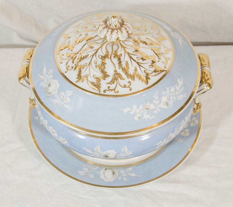Antique Worcester Porcelain Soup Tureen Painted Baby Blue Circa 1820 For Sale 2