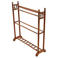 Antique Quality Victorian circa 1890 Walnut Towel Rail Stand 19th Century
