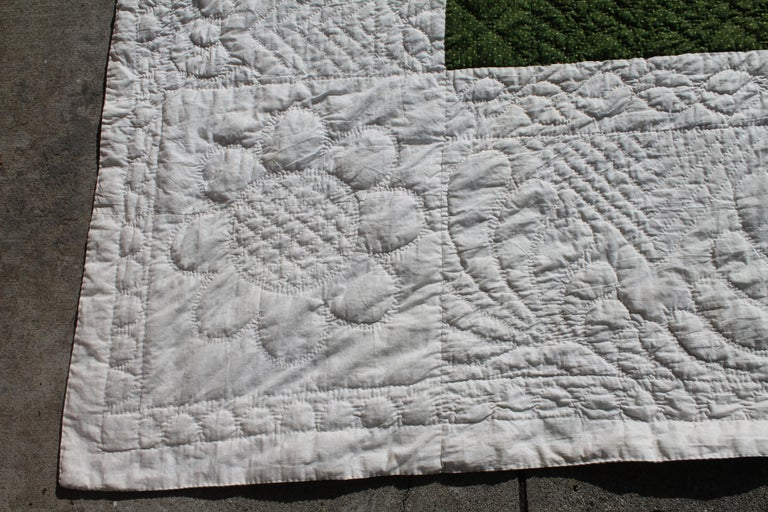 Antique Quilt 19th Century Delectable Mountains Quilt In Good Condition For Sale In Los Angeles, CA
