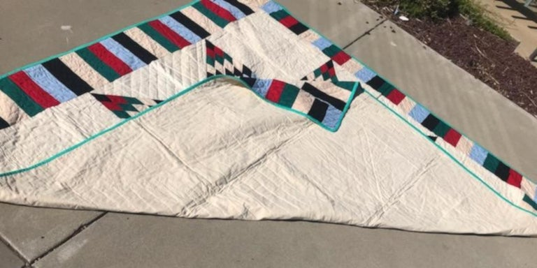 Hand-Crafted Antique Quilt, 20th Century Star Quilt With Striped Border For Sale