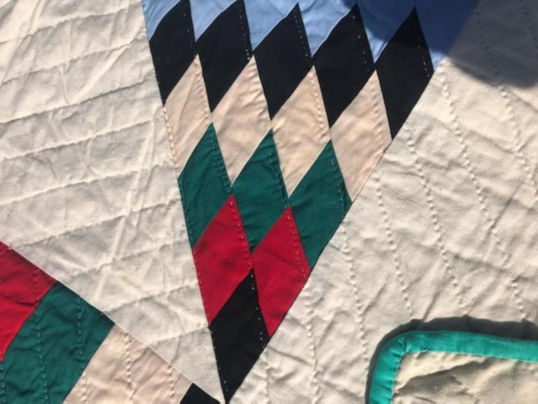 Antique Quilt, 20th Century Star Quilt With Striped Border In Good Condition For Sale In Los Angeles, CA