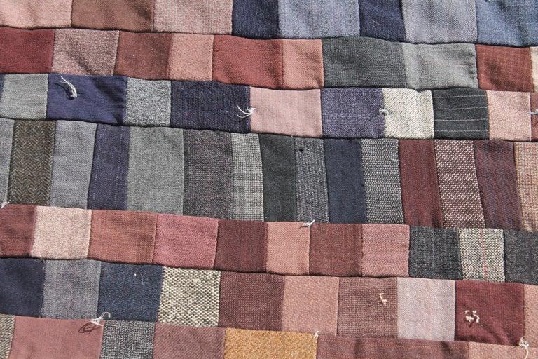 American Antique Quilt / Amish Mini-Pieced Men's Suiting Quilt For Sale