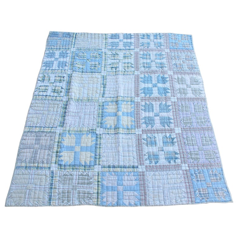 Antique Quilt, Blue Bear Paw Pattern For Sale