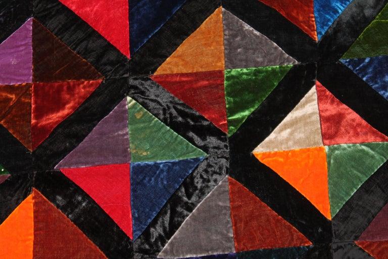 Hand-Crafted Antique Quilt Fantastic Velvet Hour Glass Quilt For Sale