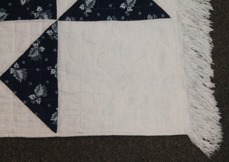 Antique Quilt, Mid-19th Century Blue Resist Eight Point Stars In Good Condition For Sale In Los Angeles, CA
