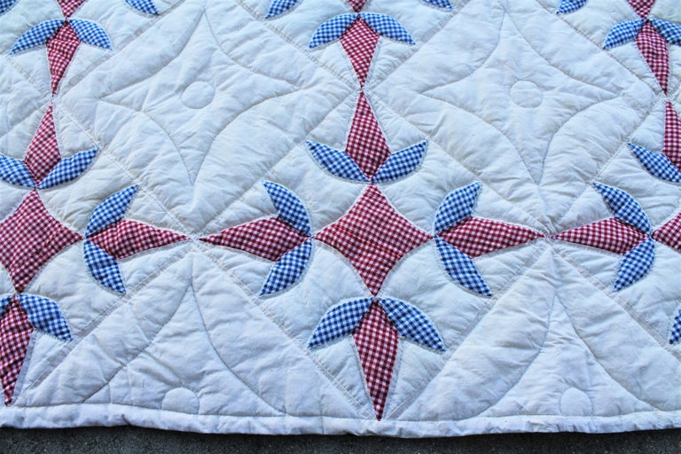 Antique Quilt -Patriotic Geometric Red, White and Blue In Good Condition For Sale In Los Angeles, CA