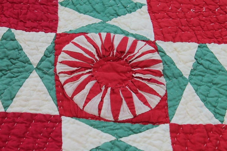 Antique Quilt Red and Green New York Beauty In Good Condition For Sale In Los Angeles, CA