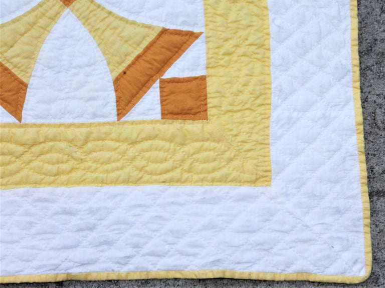 Country Antique Quilt Yellow and White Geometric Pattern For Sale