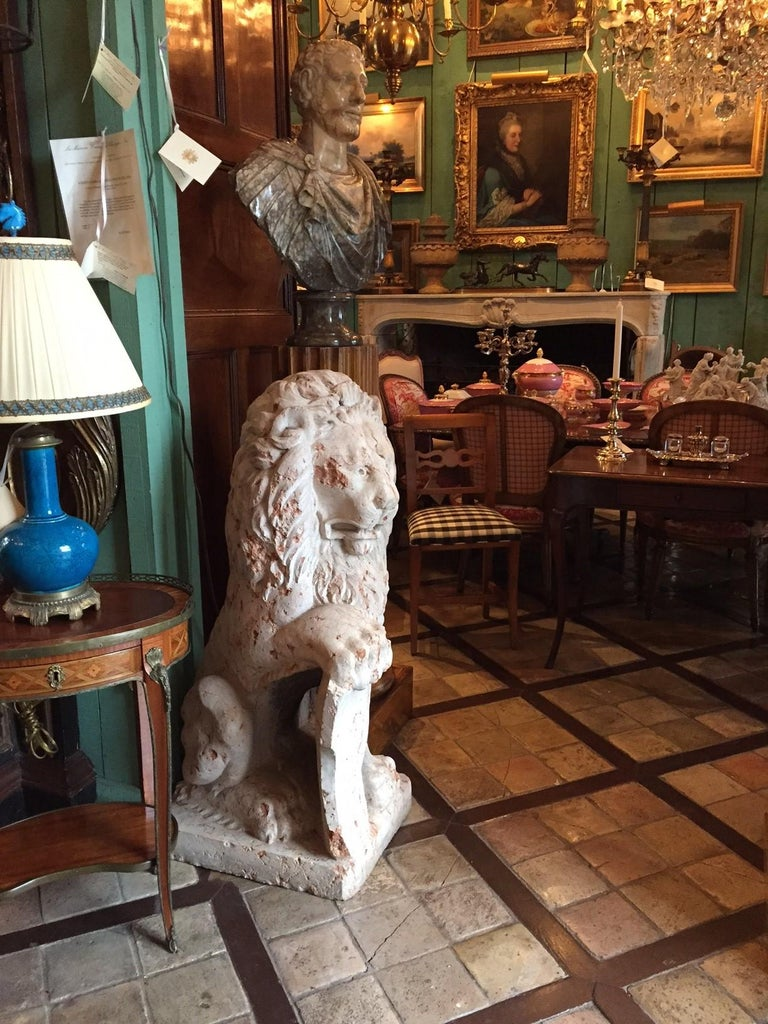 Antique Rare 18th Century Carved Marble Terracotta Figures of Regal Lions For Sale 2