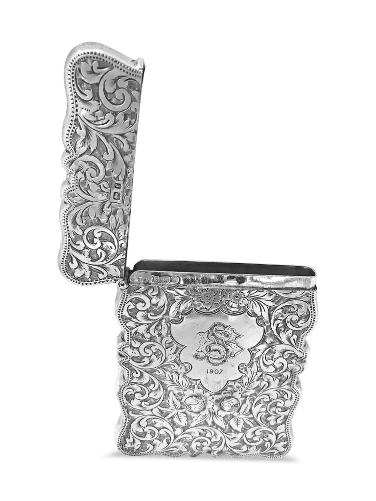 Women's or Men's Antique Rectangle Cigarette Box All Hand Engraved, Sterling Silver, England For Sale