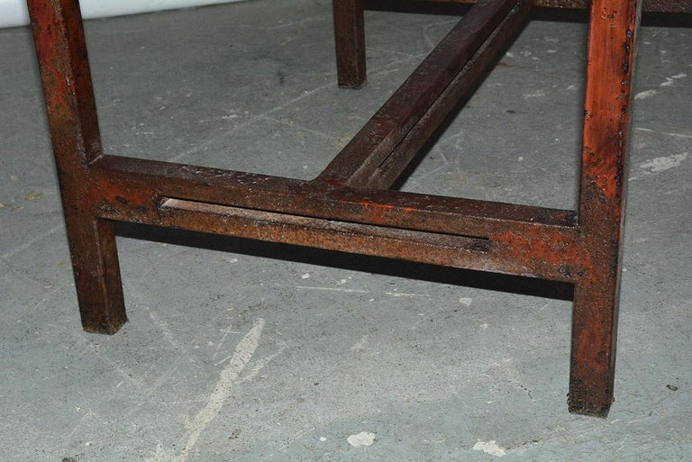 Antique Red Chinese Chippendale Style Iron Garden/Patio Chair For Sale 4