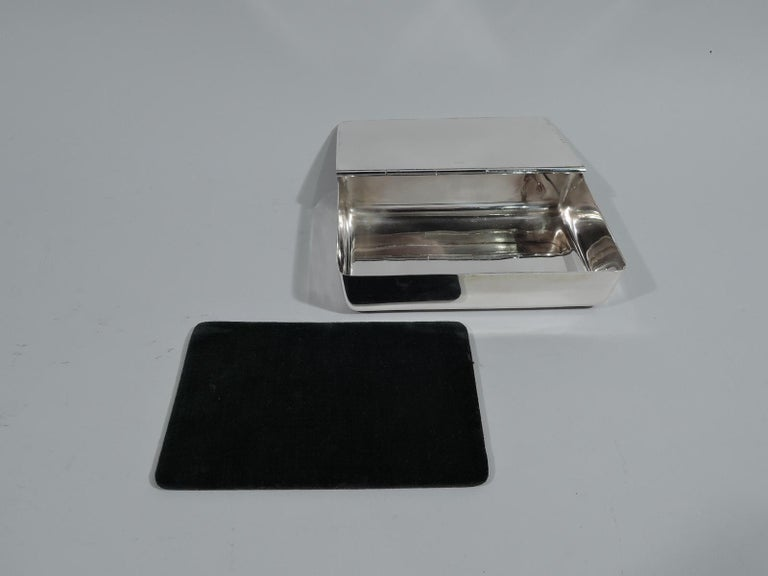 20th Century Antique Reed & Barton Edwardian Sterling Silver Jewelry Box For Sale