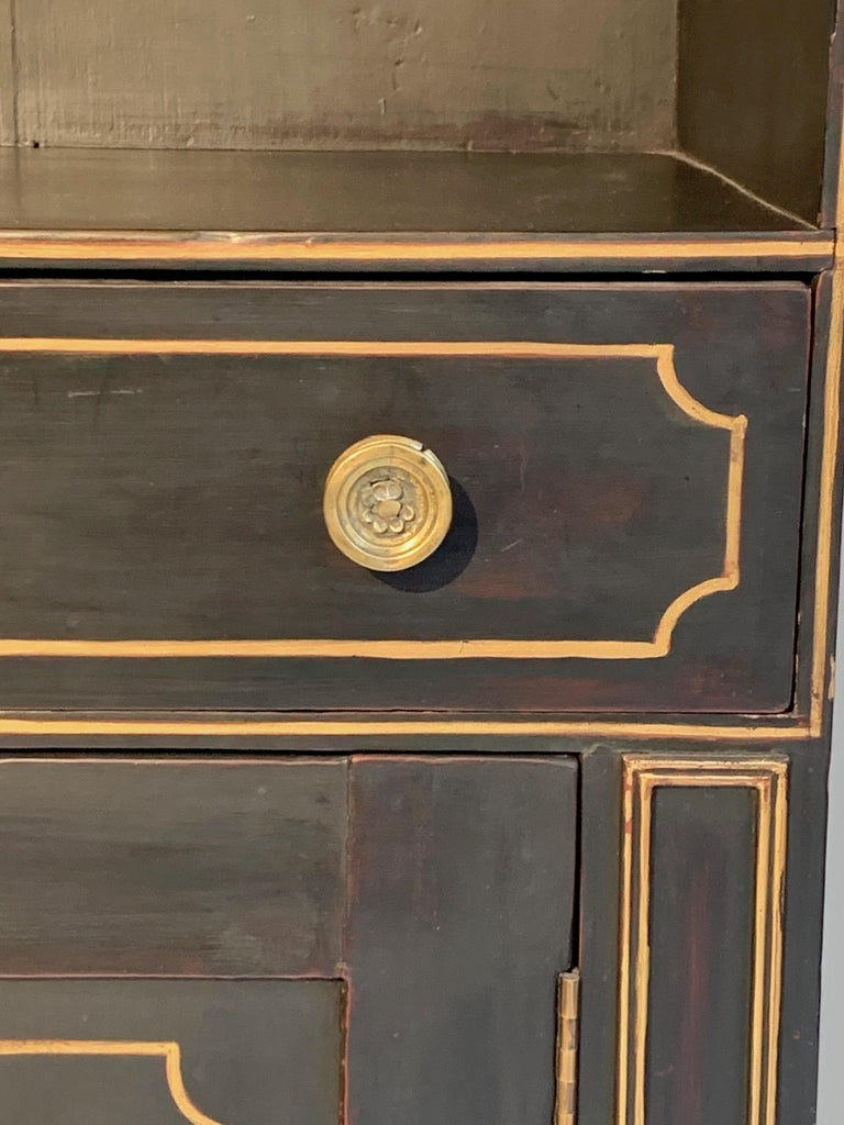 Early 19th Century Antique Regency Open Bookcase Cabinet Beechwood, England, 1815 For Sale