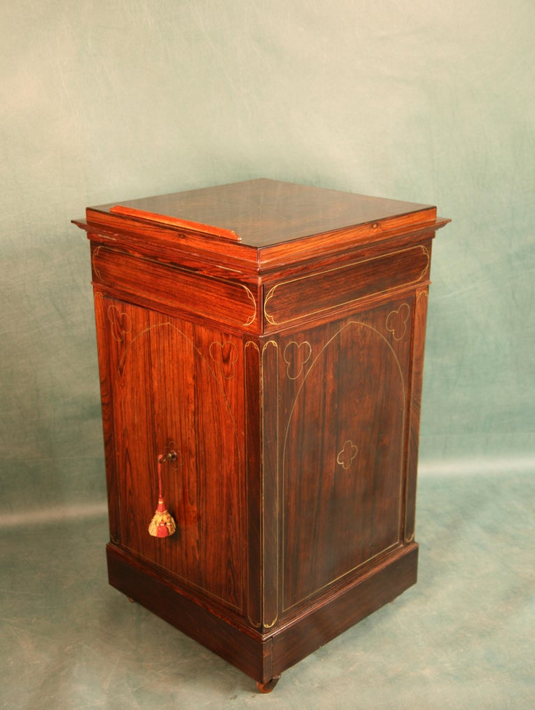 Antique Regency Rosewood Music Cabinet, circa 1820 For Sale 4