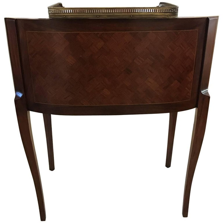 Antique Regency Style Mahogany and Leather Writing Desk For Sale 1