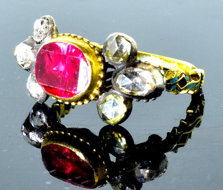 Antique Spinel, Gold and Silver Ring, circa 1750 In Good Condition For Sale In Aspen, CO