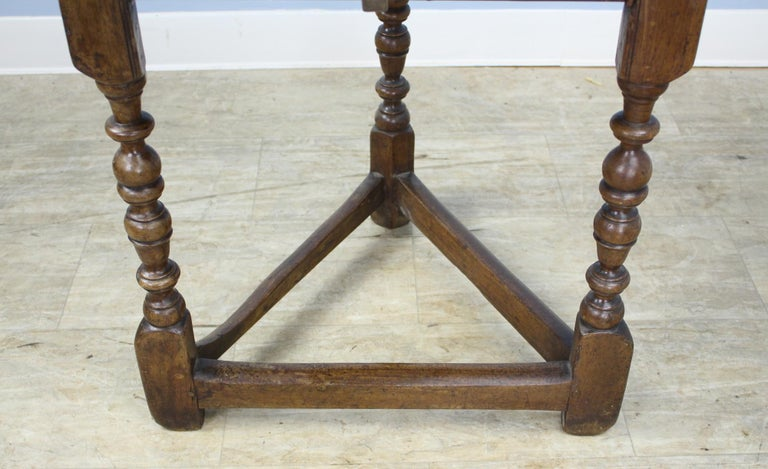18th Century Antique Round English Oak Lamp or Cricket Table For Sale