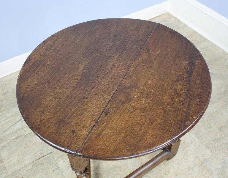 Antique Round English Oak Lamp or Cricket Table For Sale 3