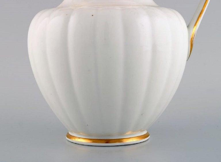 Empire Antique Royal Copenhagen Chocolate Pot in Hand Painted Porcelain, 1820-1850 For Sale