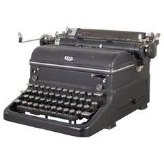 """Antique Royal """"Magic Margin"""" Typewriter, circa 1938"""