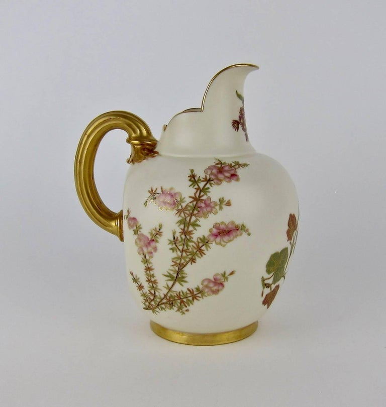 Dating worcester pottery